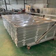 冲孔铝单板成型中