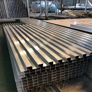 装饰铝单板成型中