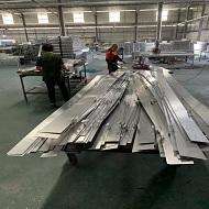 1.5厚外墙铝单板坯料成型中